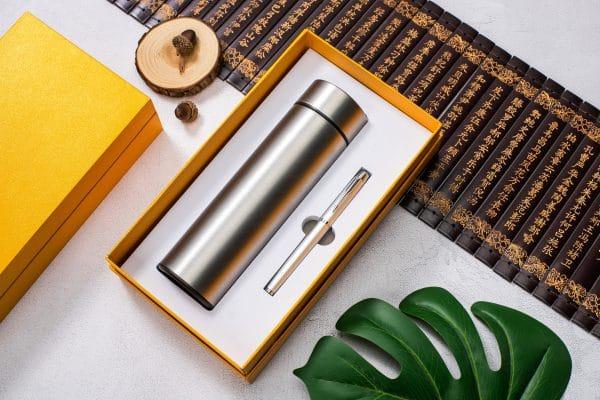 ขวดน้ำดิจิตอลกล่องพรีเมี่ยม พร้อมสกรีน Model : TBT10-2