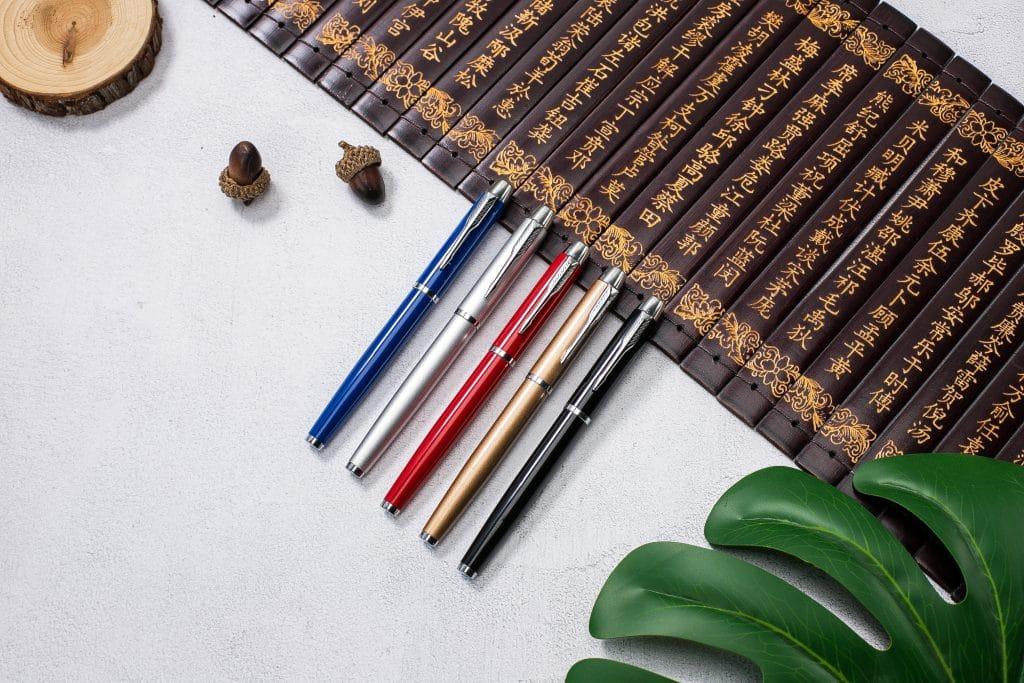 ปากกาชุดของขวัญในกล่องพรีเมี่ยม พร้อมสกรีน Model : TBT10-2